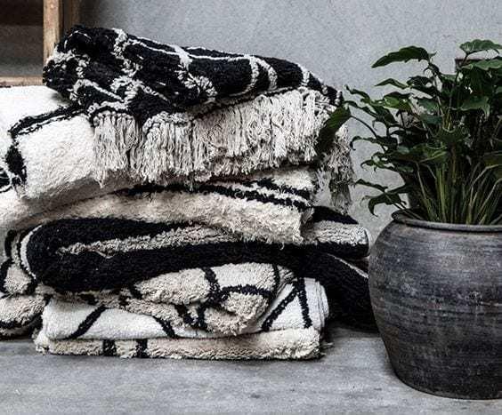 Bytový textil Povlak na polštářek FLAW