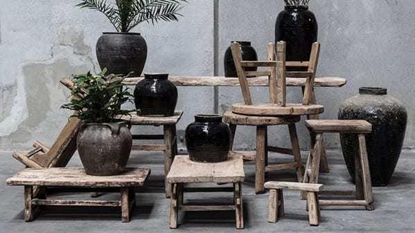 Nábytek Kulatý vintage stolek