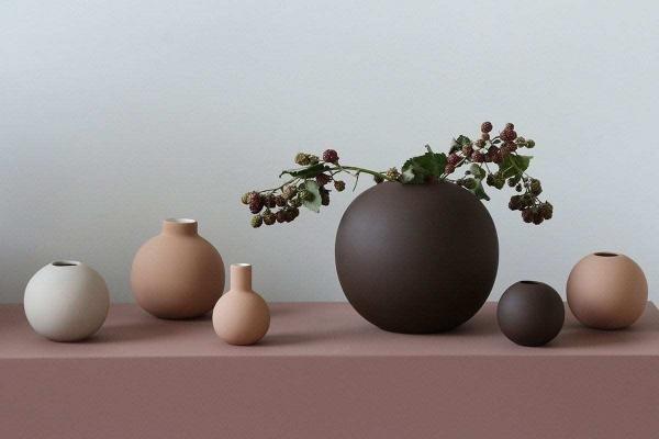 Vázy Ball vase 10cm coffee