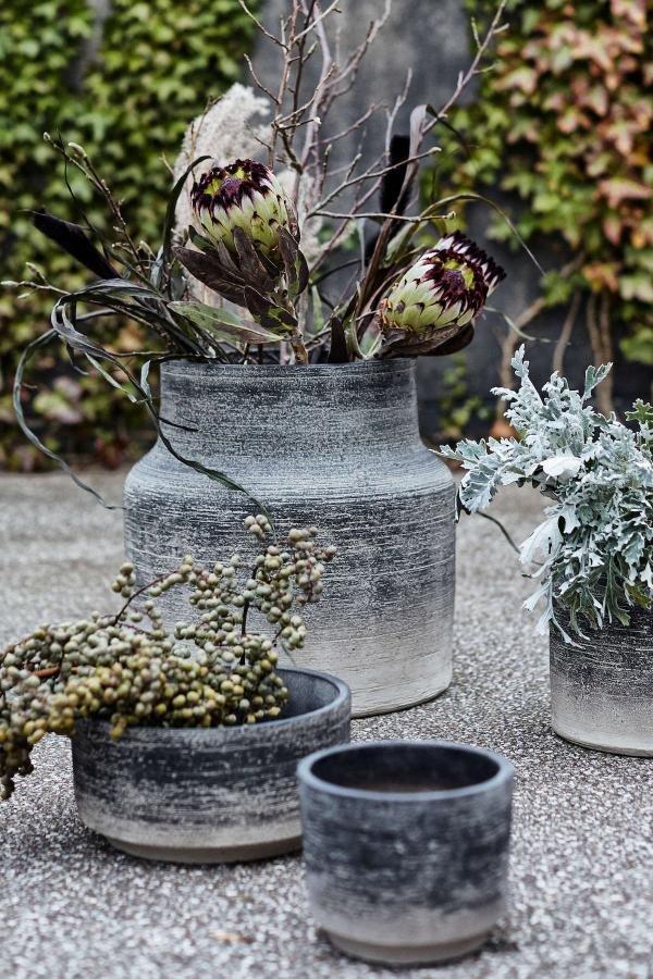 Bytové doplňky Cementový květník OUTDOOR S